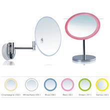 Bthroom Triple Magnified espejo de maquillaje con luz LED