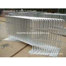 Hot Dipped Galvanized Crowd Control Barriers in Storeage