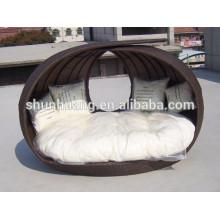 PE rattan outdoor furniture round shape wicker beach day bed