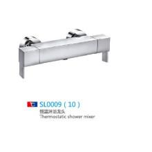 Misturadores de banho clássicos com chuveiro portátil com bom preço