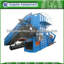 Hydraulic horizontal straw press
