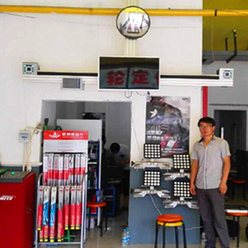 Equipment for Tyres Wheel Aligner