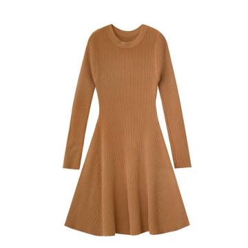 Vêtements pour femmes Robe à manches longues en tricot à la mode