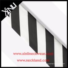 Top qualidade gravata de seda listra tecido preto e branco