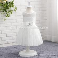 Vente chaude couleur blanche lacé sans manches une pièce bébé fille robe de soirée pour l'usure de la partie occidentale