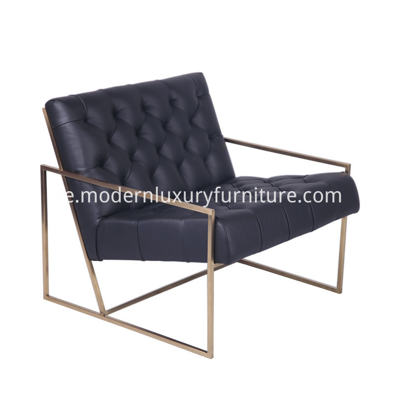 Thin_Frame_Leather_Lounge_Chair_1