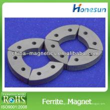 Специальная форма дуги с отверстиями ферритовые магниты c5