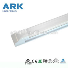 El mejor precio UL CE RoHS 3 años de garantía 1200 mm 18 w 4 pies integrados T5 llevó la luz del tubo