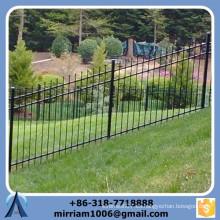 Valla de acero personalizada de la inclinación del negro de la alta calidad, habitación de la cerca de acero el terreno de la pendiente, cerca de la cuesta del paso de la escalera