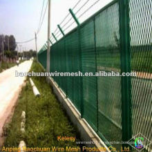 High quality green powder coated steel screen fence