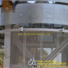 Feuille perforée en acier inoxydable revêtue de paroi murale décorative