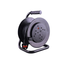 Overload Protected UK type 3-Outlet Mains Extension Cord Reel