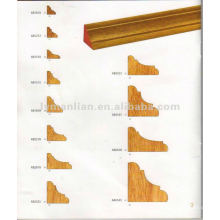 Diseño de esquinas con molduras de madera de teca para decoración