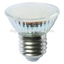 Luminária LED de cores quentes e naturais