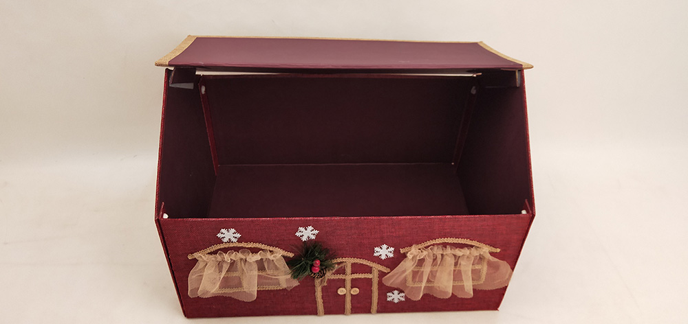Christmas House Shaped Gift Boxes