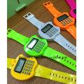 Relógios dados forma de promoção da calculadora de Digitas do relógio de Digitas das crianças para crianças
