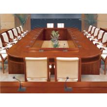 Mesa de conferencia grande en forma de gran oval barco