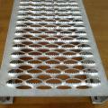 Galvanized Diamond Anti Skid Perforated Steel Plate