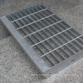 Non Slip Stair Tread Steel Grating Hot Dipped Galvanized with Checkered Nosing Plate