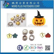 Taiwán de acero inoxidable Halloween traje máscara decoración tornillo
