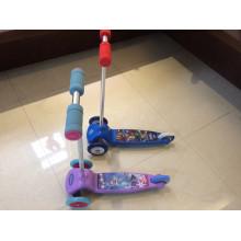 Scooter del pie con la aprobación del Ce (YV-026)