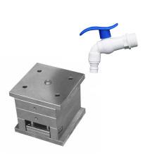 Fabricación profesional del molde del grifo del molde del grifo de agua, inyección plástica del molde del golpecito