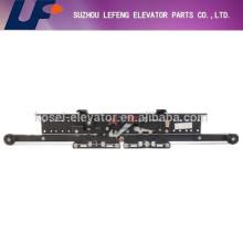 Elevator landing door device, Selcom type telescopic/center opening two/four panel landing door device