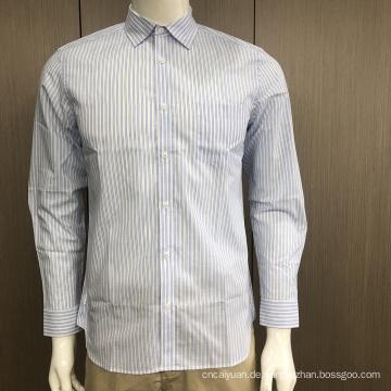 Männliches Garn gefärbtes Streifenhemd