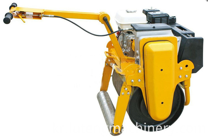 Road Compaction Machine