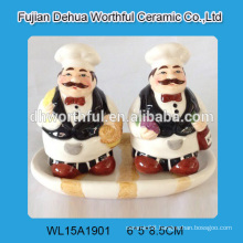 2016 kitchenware hand painting chef shaped ceramic salt and pepper shaker