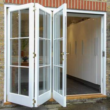 Lingyin Construction Materials Ltd Exterior Patio Transparente Hueco Blanco Aluminio Puertas plegables