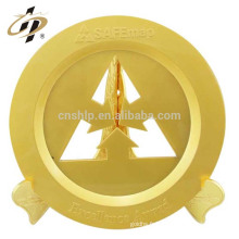 Conception personnalisée professionnelle votre logo cadeaux de Saint Valentin or mat évider plaque en métal souvenir