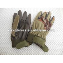 Militärische Handschuhe