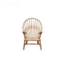 Model Classic Hans Wegner Wood Peacock Chair
