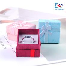 barato caixa de jóias branca fabricantes de jóias caixas de presente para colares atacado
