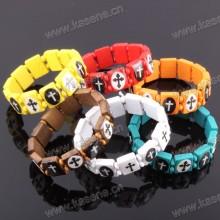 Mode viele Farben handgefertigte hölzerne katholische Rosenkranz Armband auf Elastik