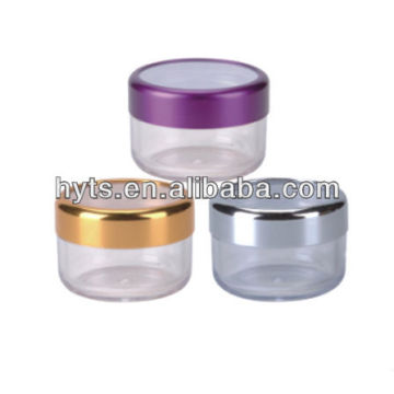 Kosmetikdosen aus Kunststoff