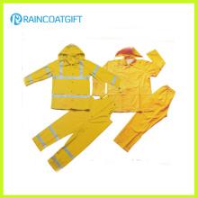 Reflective 2PCS PVC Polyester Men′s Rainsuit (Rvc-112)