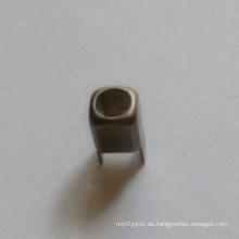 Piezas de estampado de metal de alta precisión