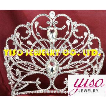 Bijoux fête mode décorations maison couronnes en métal