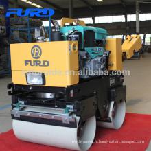 Moteur diesel refroidi par eau compacteur de sol à double tambour (FYL-800CS)