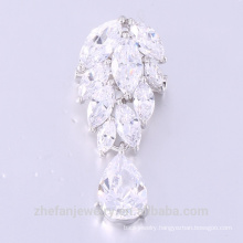 Custom Logo Leaf Shaped White Zircon Beautiful Brooch