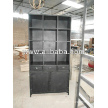 Huch Cabinet style industriel