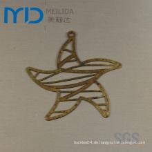 Sternform Mit Filigran geschmückte Ohrringe in Höhle heraus Art und Weiseentwürfe