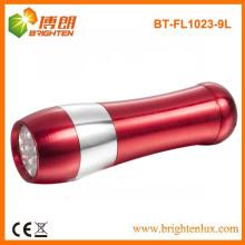 Factory Supply logo print aluminium Matériau 3 * aaa Batterie Powered 9 led Lampe de poche bon marché pour l'extérieur et le logement