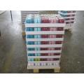 Bougies de pilier colorées emballées dans un plateau de 4 pièces