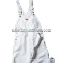 ropa de trabajo de pintor blanco