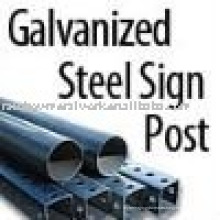 Postes y accesorios cuadrados de acero