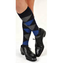Suministro por mayor personalización Mans rodillas largos calcetines medias