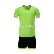 2017 nuevos jerseys de fútbol del tamaño del jersey del fútbol del tamaño del diseño de los niños jersey colorido